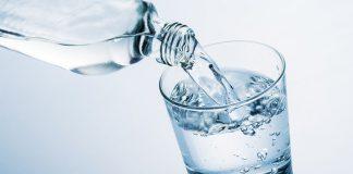 Beber muita água faz mal?